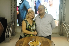 Marcio Pernambuco (ex-presidente da ACIA) e esposa